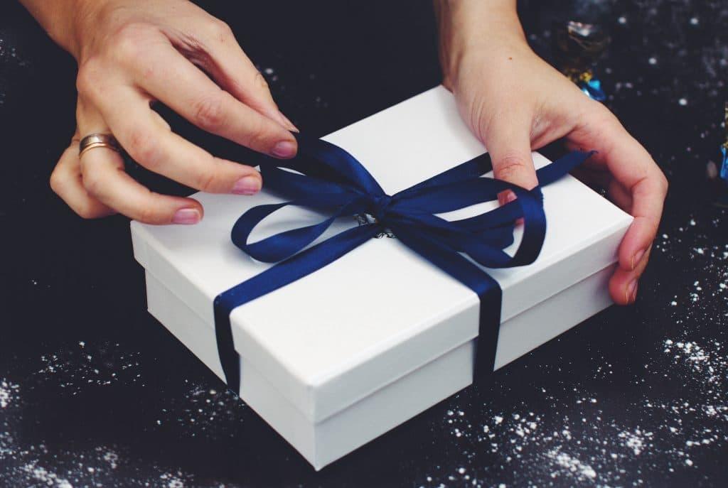 Choisir d'offrir un cadeau personnalisé