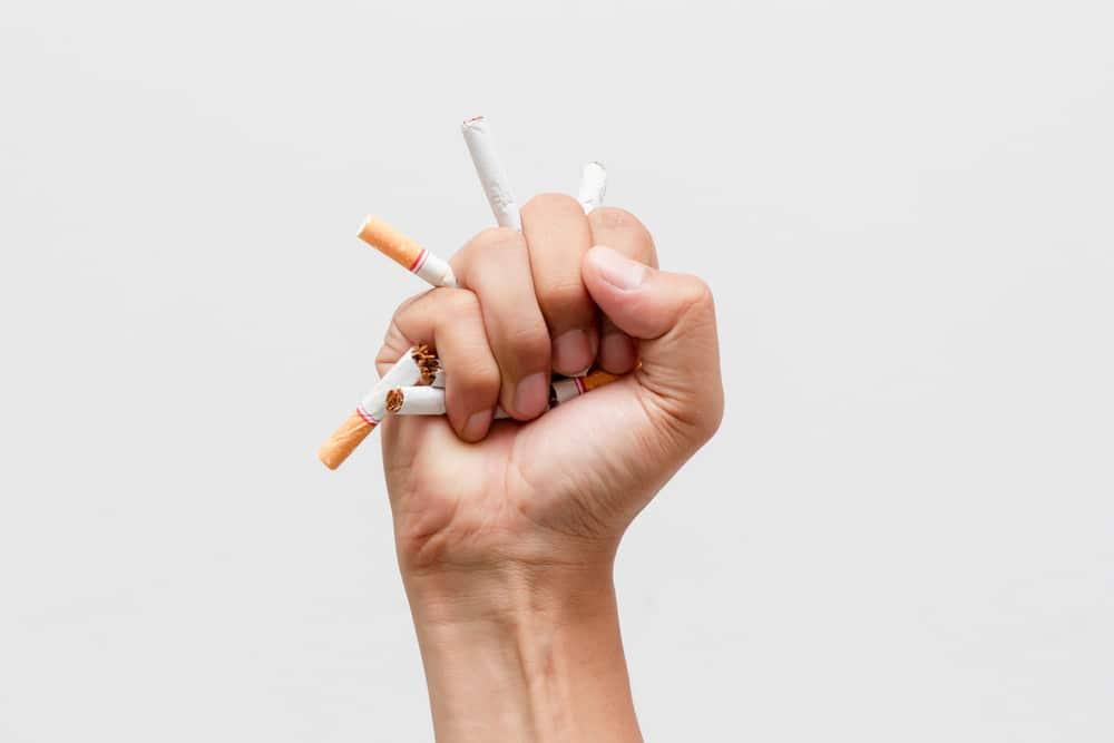 Est-ce que c'est dangereux d'arrêter de fumer d'un coup ?